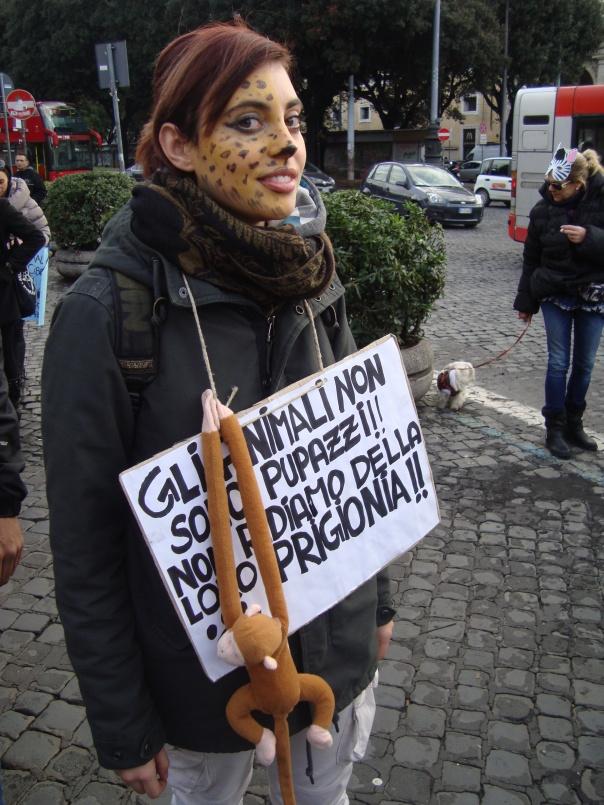ragazza manifestante