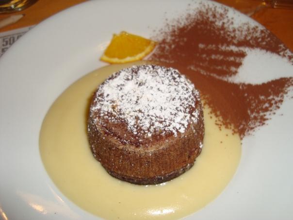 Sformatino al Cacao su Crema di Vaniglia