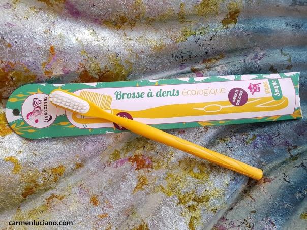 lamazuna spazzolino da denti.jpg