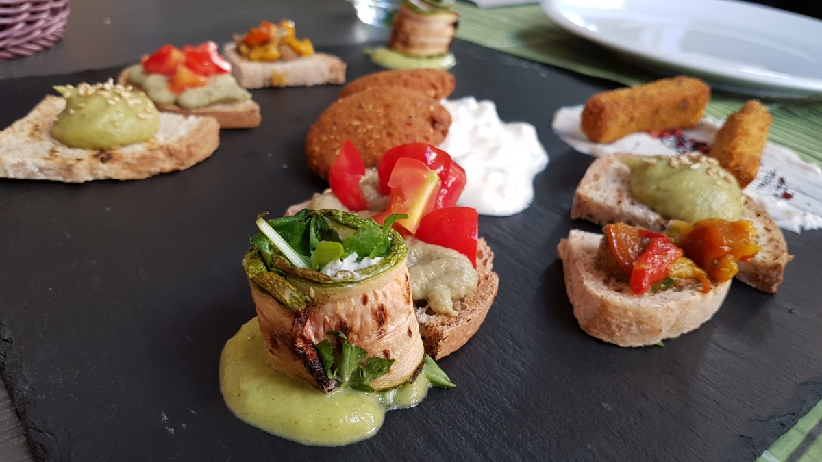 °°[Review] Cavoli Nostri Ristorante Vegan a Napoli°°